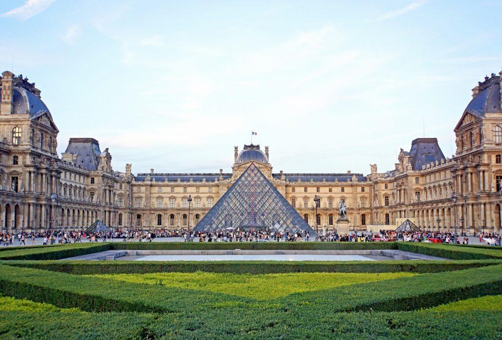 Sekilas Sejarah Seni Prancis